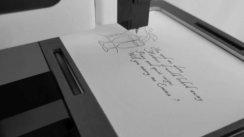 KiLine personalizes a card